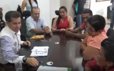 ALCALDE DE QUININDÉ RECIBIÓ LA VISITA DE VARIAS COMUNIDADES.